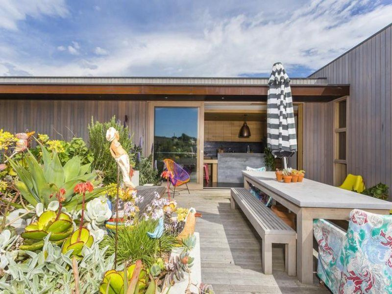 This stunning modern beach house has been exquisitely designed by two professionals in the design industry situated in barwon heads victoria australia