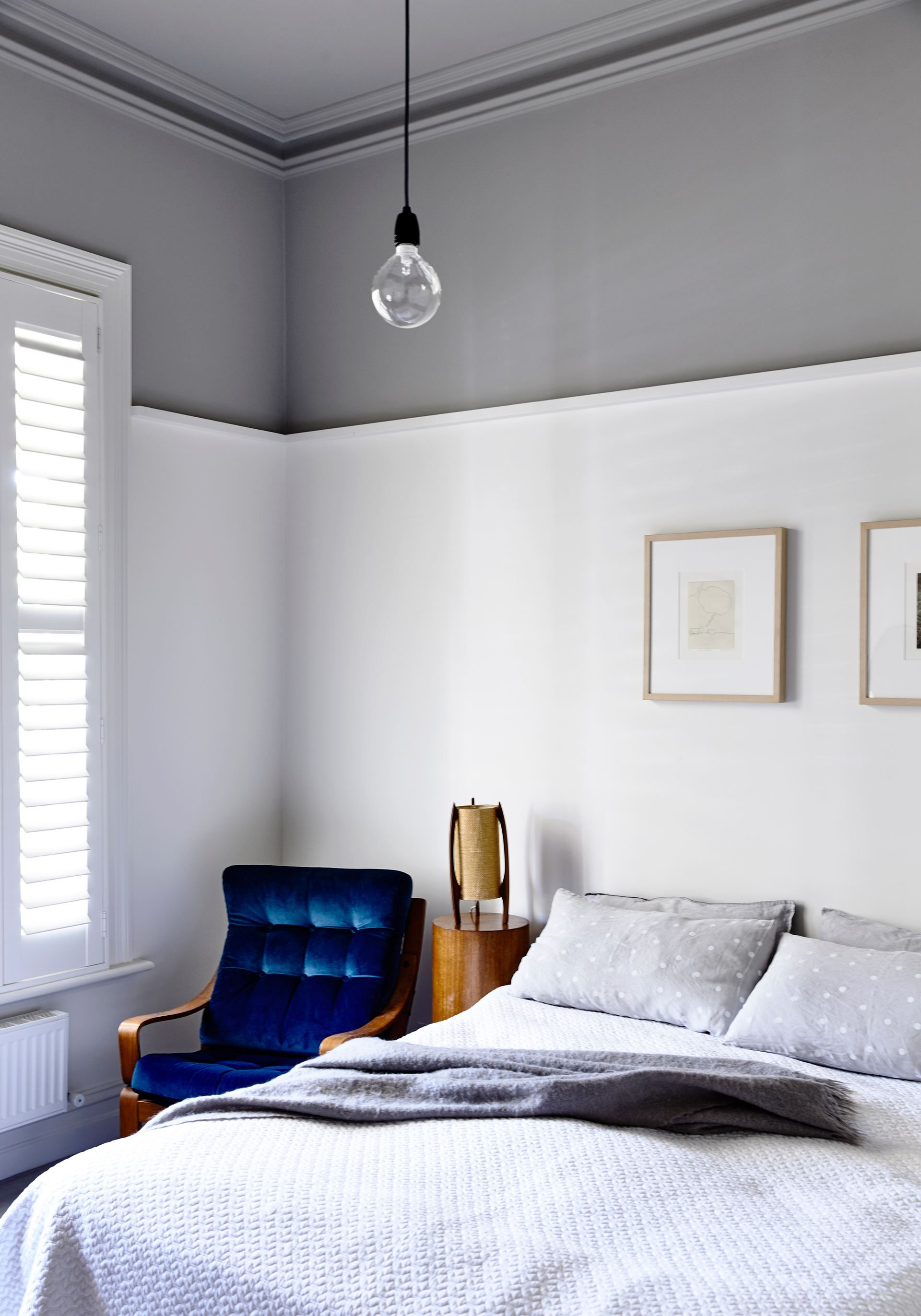 In the main bedroom walls are in dulux natural white for Bedroom picture ideas