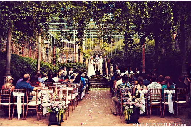 Maui Real Wedding at the Haiku Mill / Tamiz Photography / Art Deco Wedding Theme / via StyleUnveiled.com