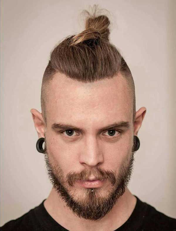 27 Awesome Top Knot Hairstyles You Should Try It Man Bun Top Knot Top Knot Hairstyles Hipster Hairstyles