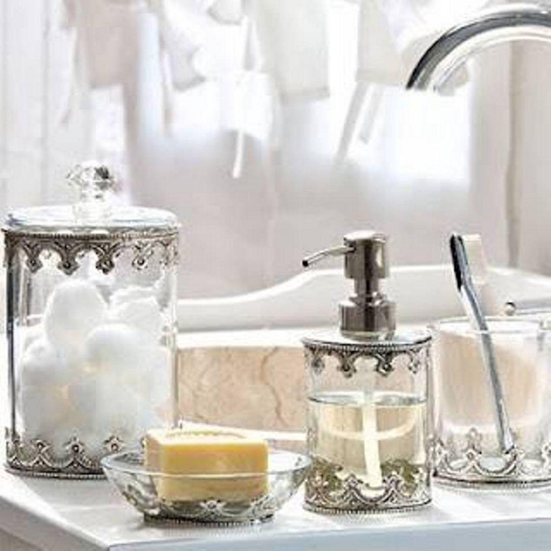 25 Extraordinary Bathroom Accessories