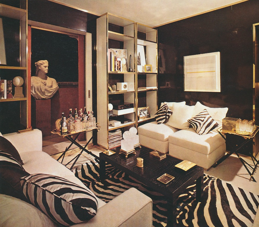 a93b9088fc2cb Valentino's 1980s living room in his Rome apartment designed by Dan  Carithers