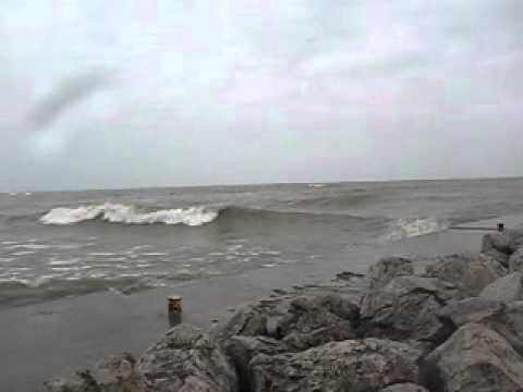 "Sheboygan Surfing 10/30/2011 The Elbow (not my song Prodigy ""Minefields""..."