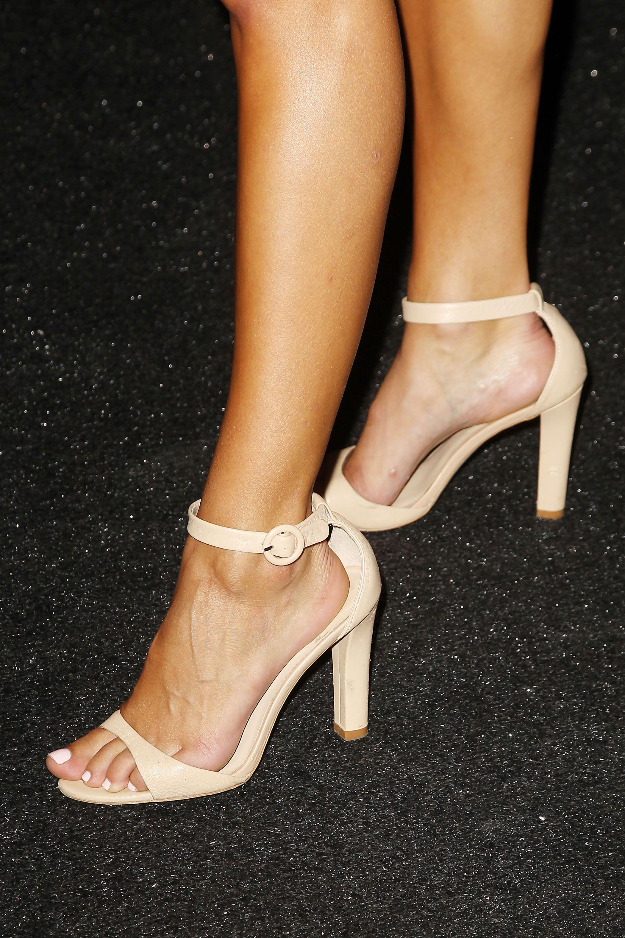 Nina agdal feet naked (35 image)
