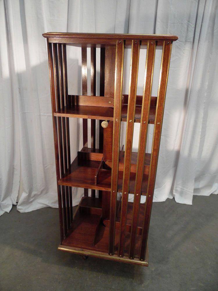 biblioth que tournante en acajou massif agr ment de filets de laiton xx si cle antiquite. Black Bedroom Furniture Sets. Home Design Ideas