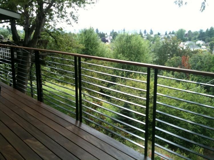 Garde Corps En Verre Bois Ou Metal Pour Le Balcon Moderne Balcon Moderne Balustrade Terrasse Garde Corps