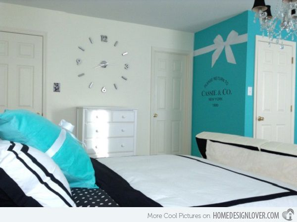 Tween Room Turquoise | That Turquoise Wall Is So Cute With The White Ribbon  Painted On