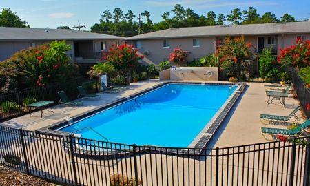Frederick Gardens Apartments Discover Frederick Gardens Apartments In Gainesville Fl A Quiet Unique Community That B Apartment Garden Gainesville Apartment