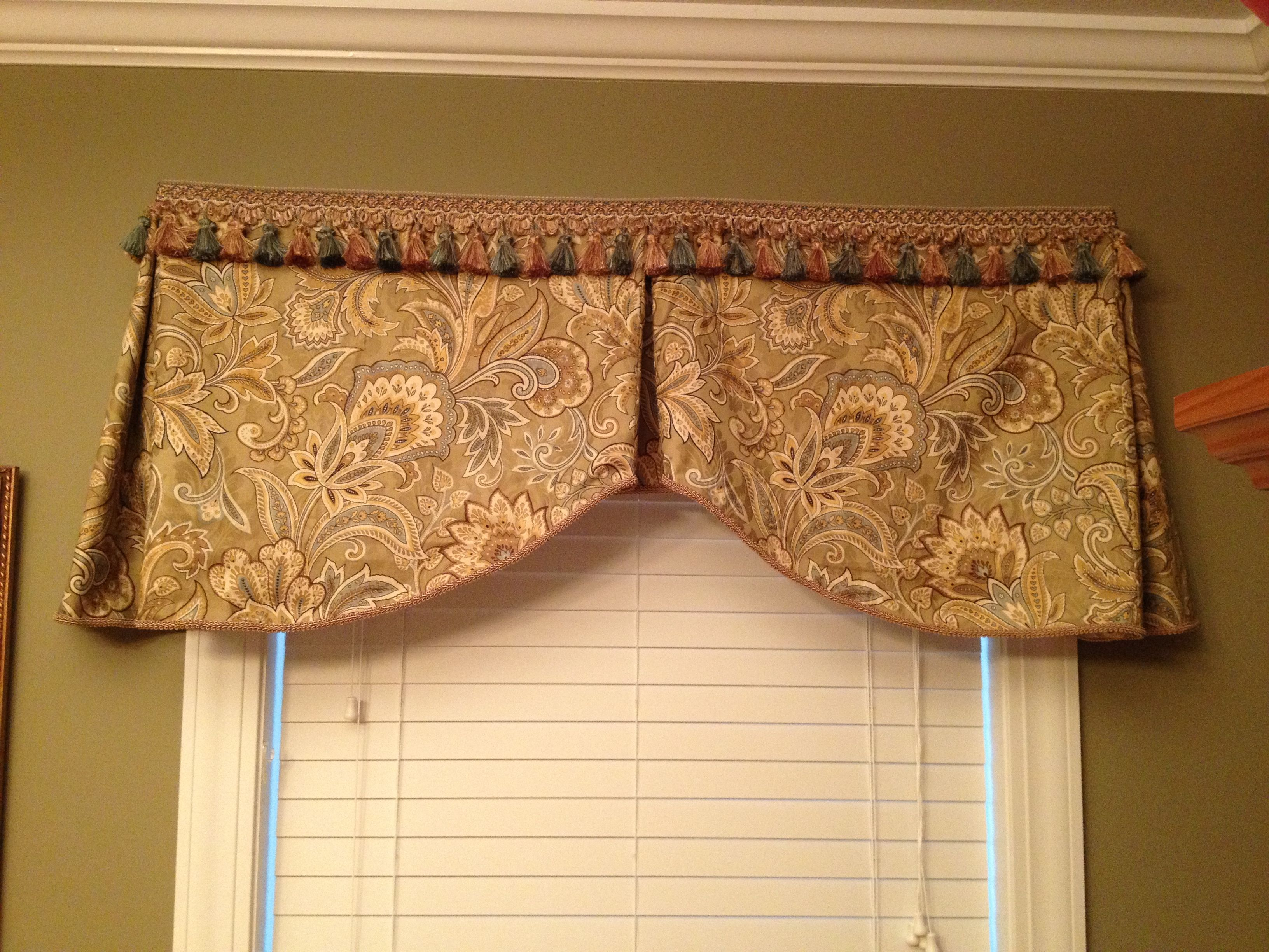 Green And Gold Dining Room Valance