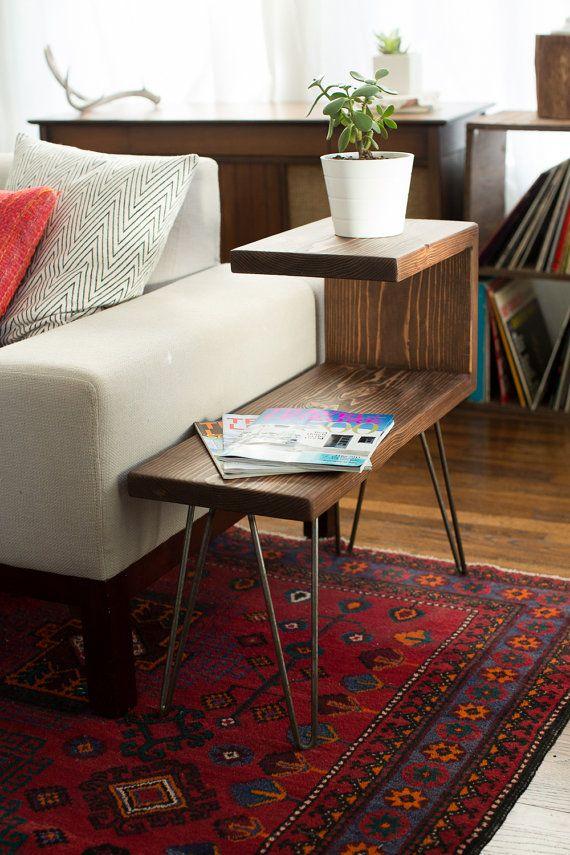 Reclaimed Wood Side Table $35000, via Etsy Furniture - mesitas de madera