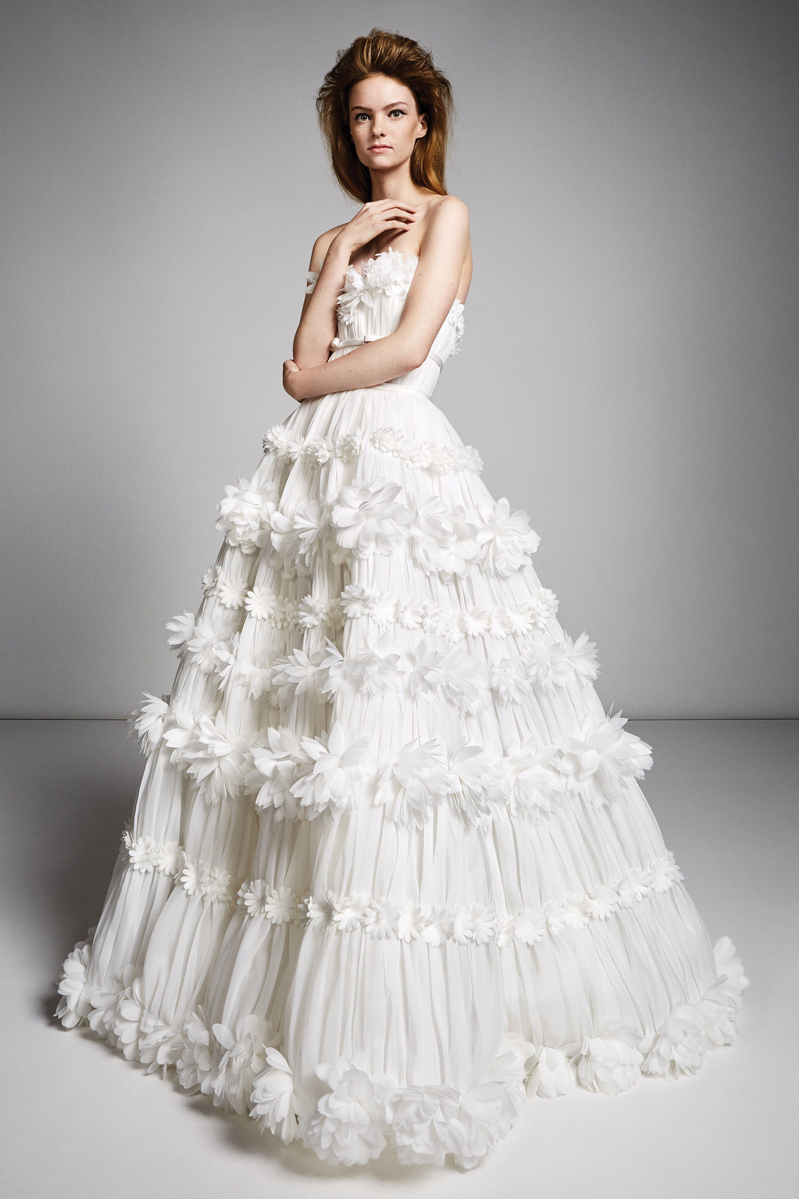 Viktor Rolf Fall 2019 Bridal Fashion Show Collection See The