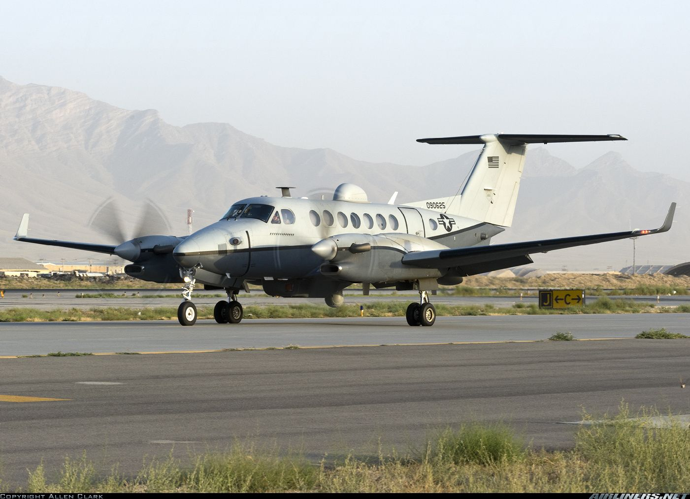 Any? USA Air ForceMore Hawker Beechcraft 350 King Air