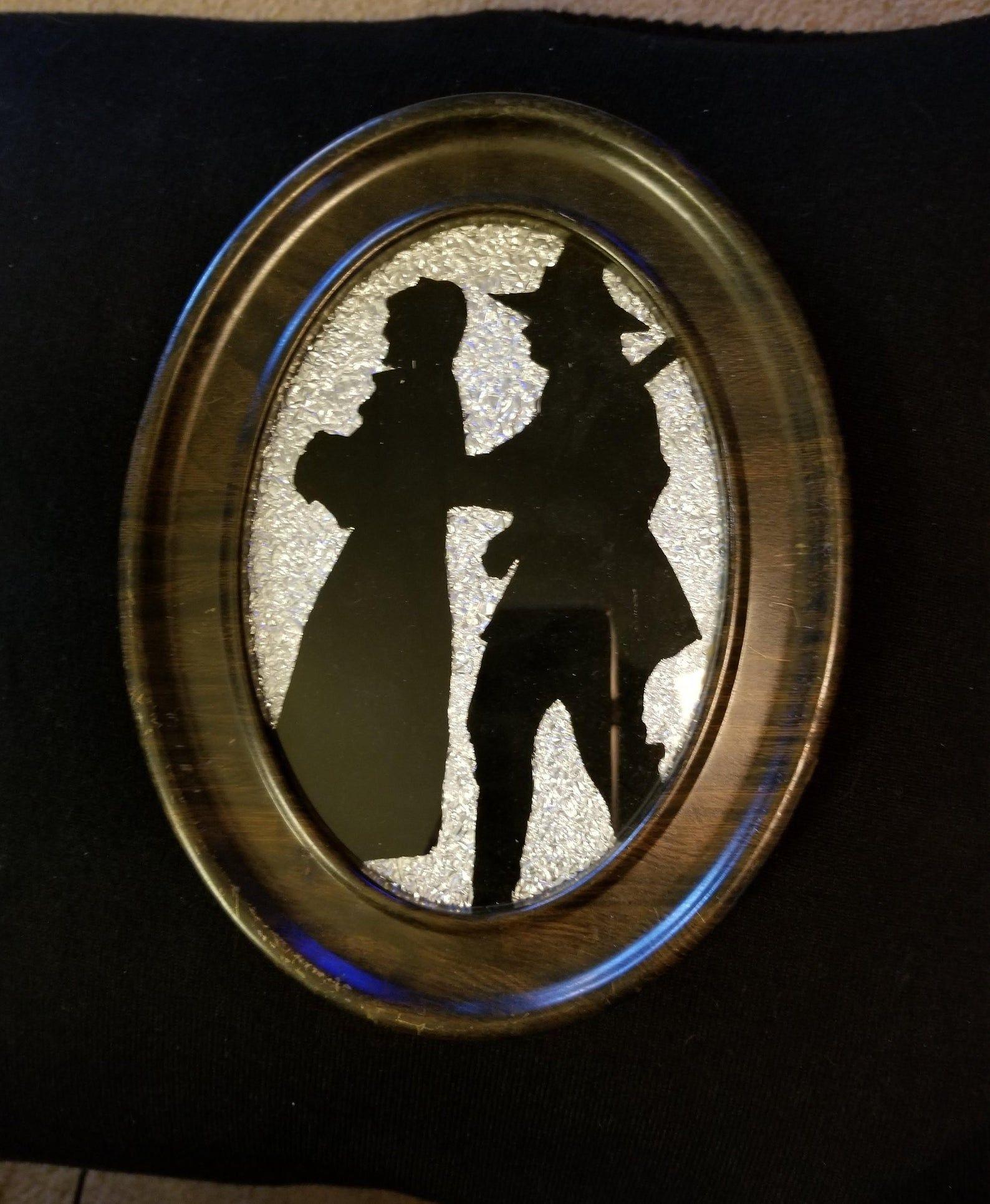 Photo of Pilgrim Silhouette 1920er Jahre Reverse Painting auf Glas in Metallrahmen