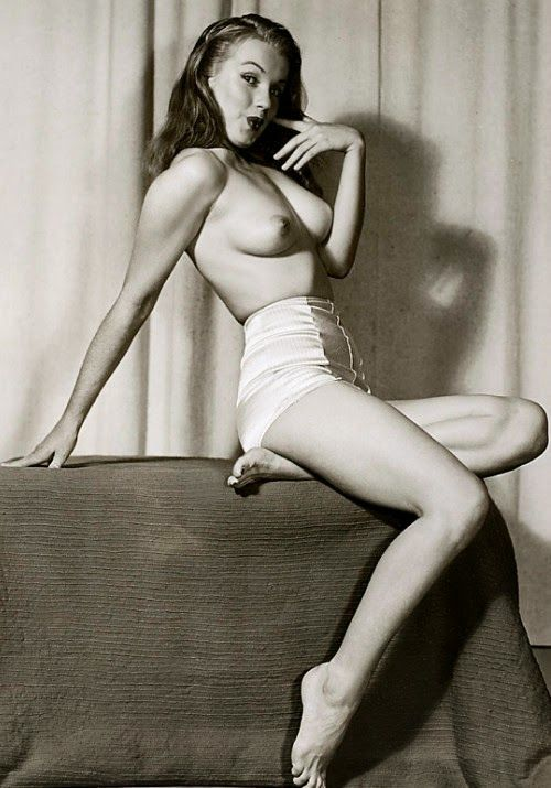 Image Result For Marilyn Monroe Nude  Mm - Xx  Pinterest -1334