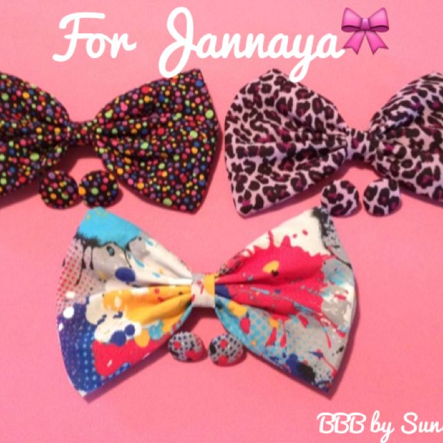 $29  Jannaya's order is ready! Thanks so much for your purchase! http://buttonsbowsbeyond.bigcartel.com