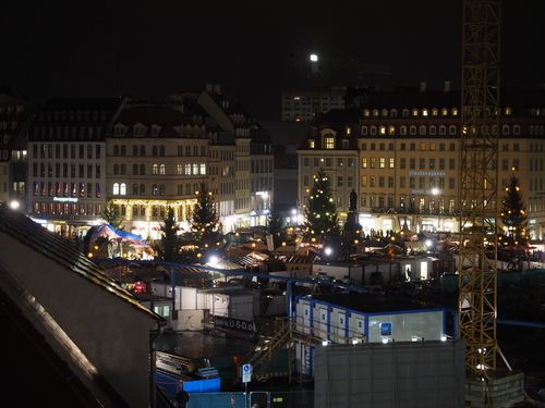 Dresden old town at night.jpg