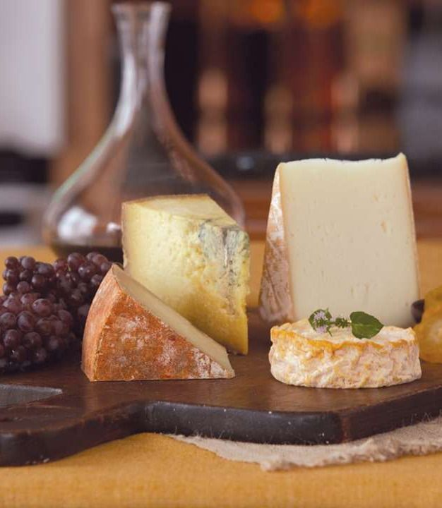 Pair your favorite red wines with these premium cheeses for a perfectly arranged evening of entertaining this holiday season