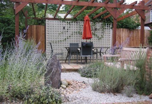 Lifestyle Gardening Maldon And Burnham Cm9 Garden Wall Healthy Garden Planting Flowers