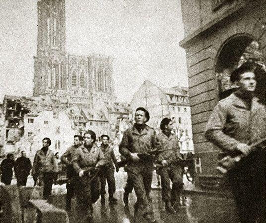 La libération de Strasbourg 23 novembre 1944 | Strasbourg, Histoire,  Histoire de france