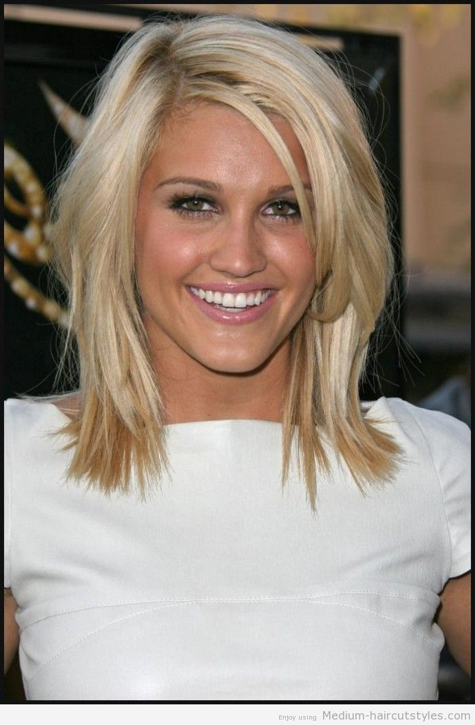 2014 Haircuts For Round Faces 401 Medium To Short Haircuts Medium Haircuts Hairstyles 2014 Hair Styles Shoulder Hair Medium Hair Styles