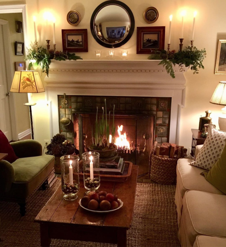 Jrl Interiors Turn A Fireplace Into Your Home S Best Feature Country Living Room Living Room Designs Living Room Decor