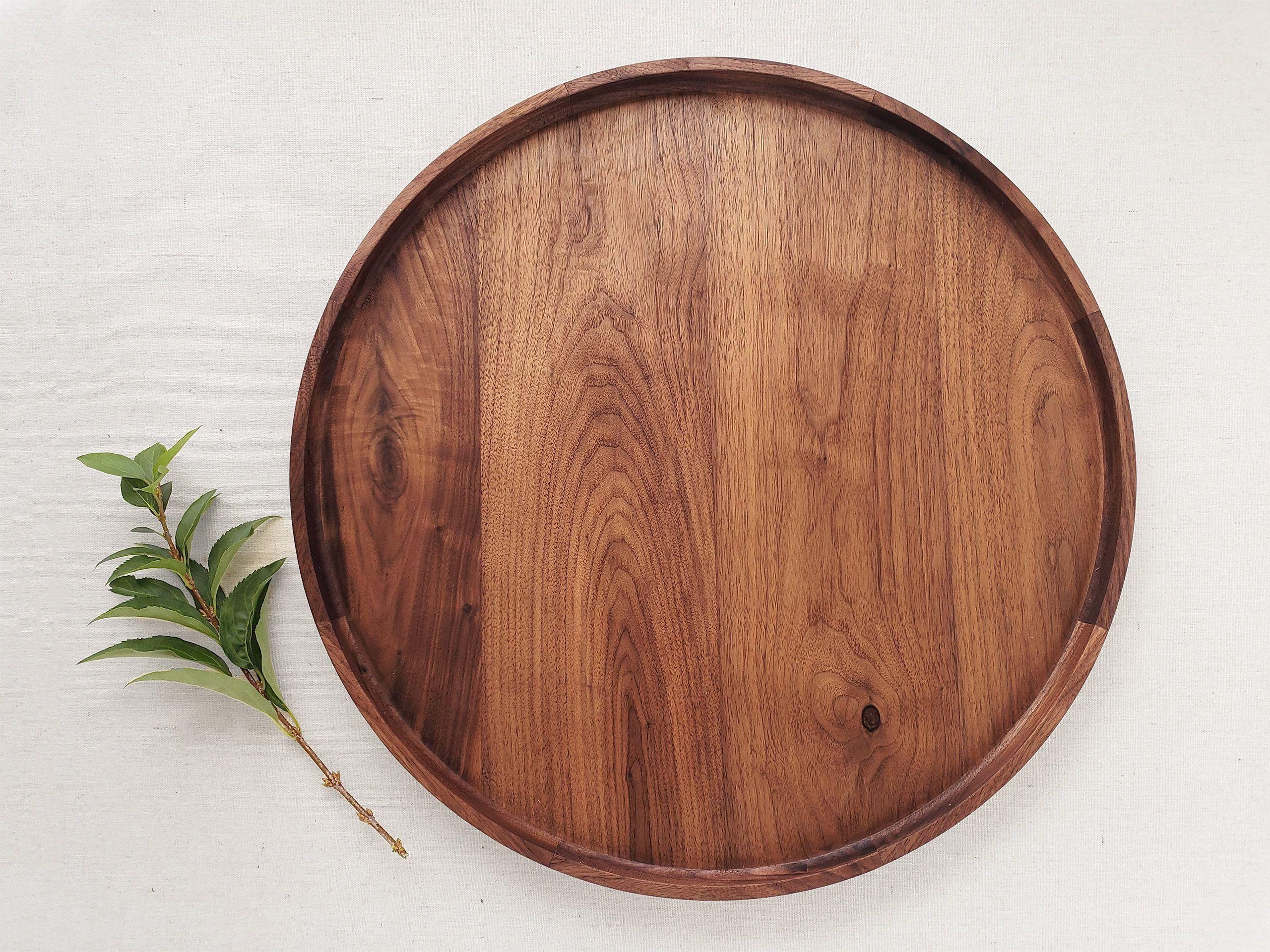 Round Wood Tray Black Walnut Circle Valet Coffee Table Etsy 1000 Round Wood Tray Wood Tray Wood Coffee Table Tray [ 1920 x 2560 Pixel ]