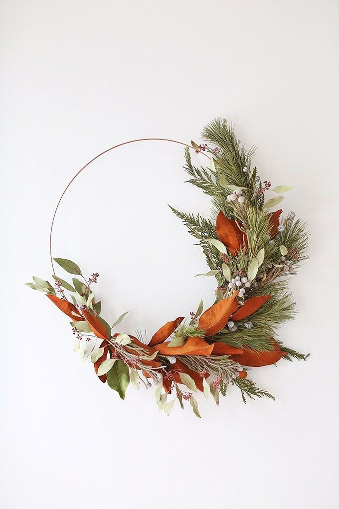 Photo of DIY | HOW TO MAKE AN ASYMMETRICAL HOLIDAY WREATH – JustineCelina