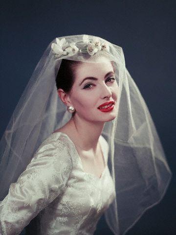 Vintage Brides | Fotos hochzeit, Brautkleider und Alte fotos