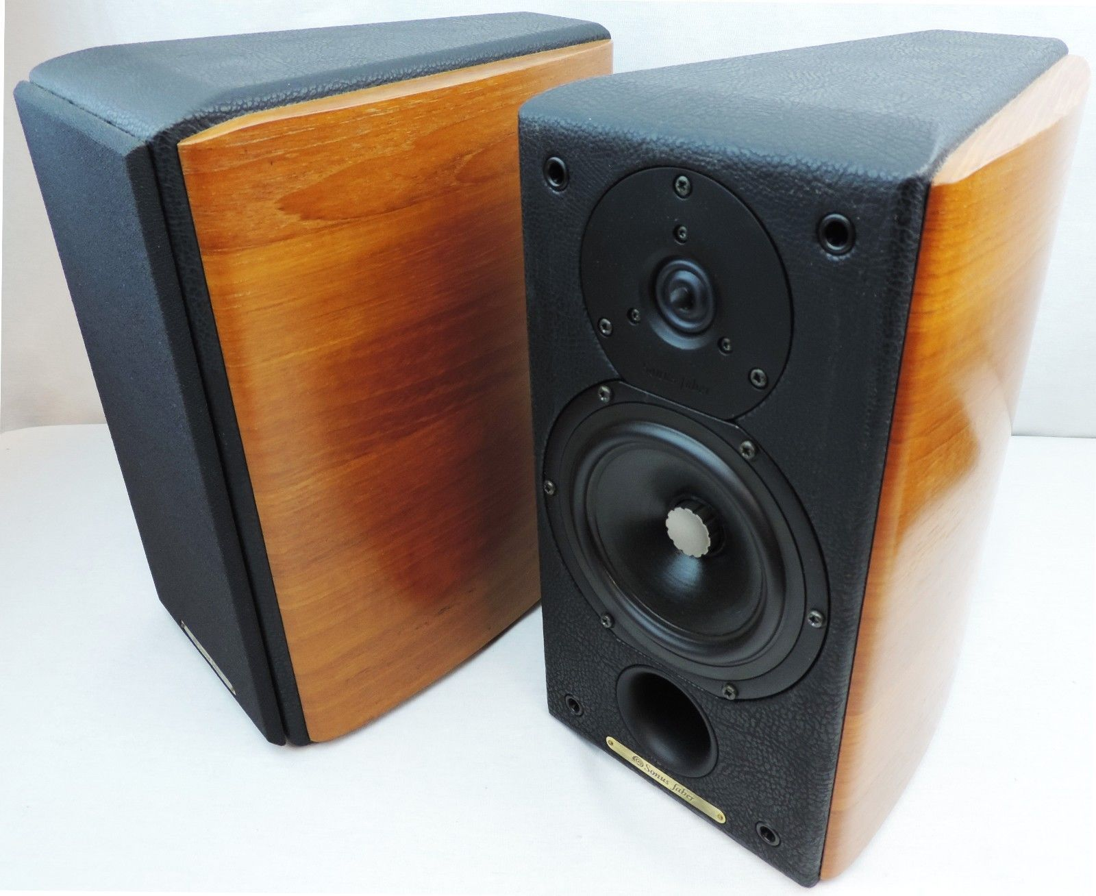 Sonus Faber Concertino Domus Bookshelf Speakers Leatherette Teak 1500PR List