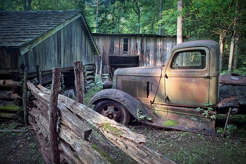 old farm pickup truck in the smokey mountains rusty pinterest cars. Black Bedroom Furniture Sets. Home Design Ideas