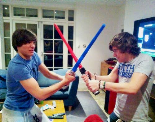 111. When Louis and Harry played with lightsabers. The 111 Cutest Louis And Harry Moments