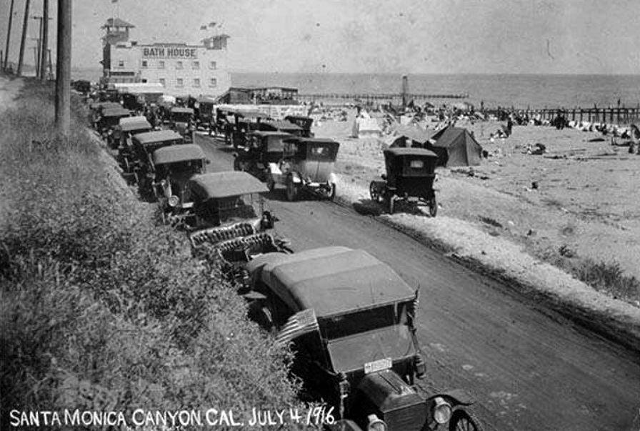 Santa Monica Canyon Beach Now Will Rogers St Beach July 4 1916 Santa Monica California History Los Angeles History