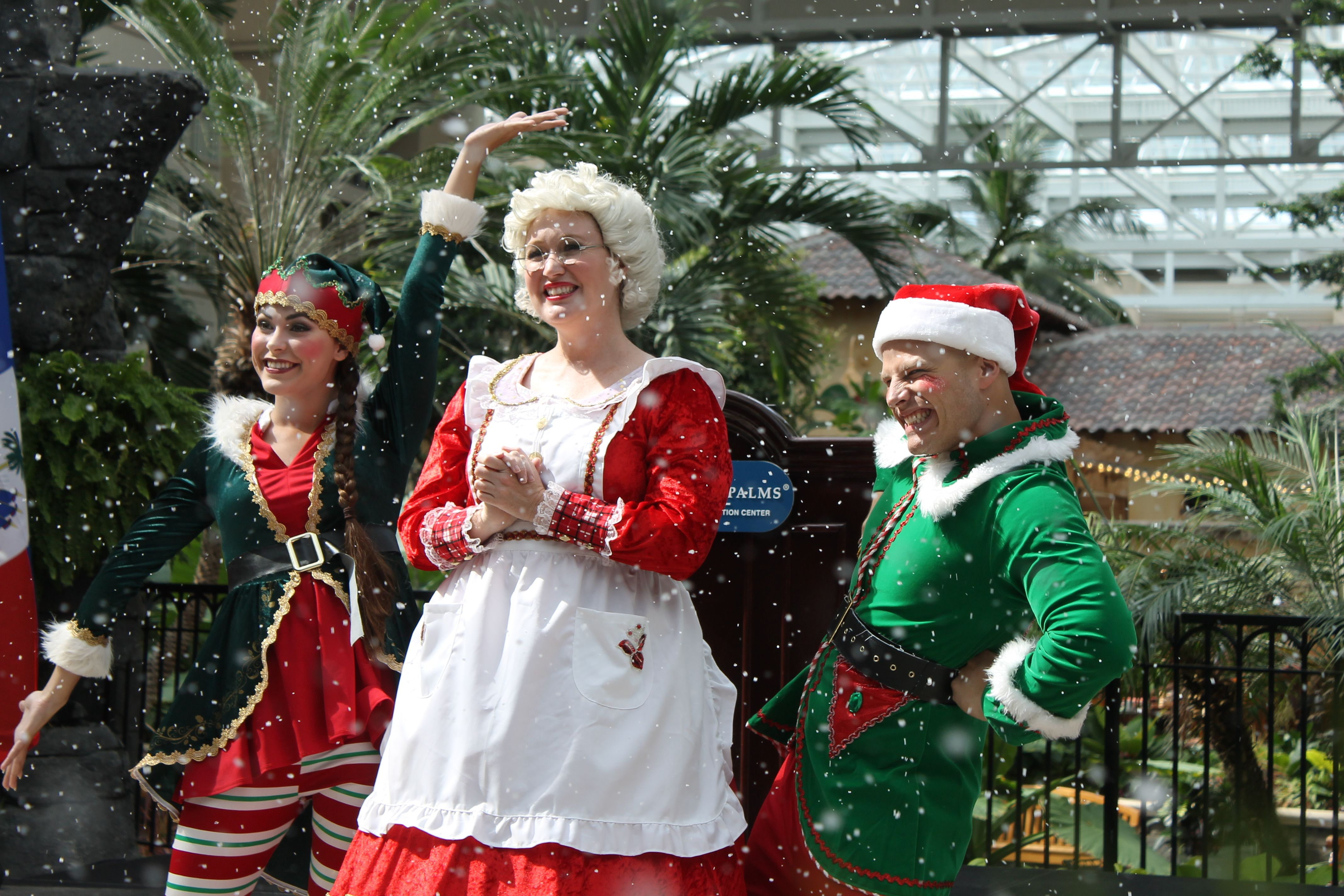 Mrs Claus Christmas Traditions Gaylord the Palms
