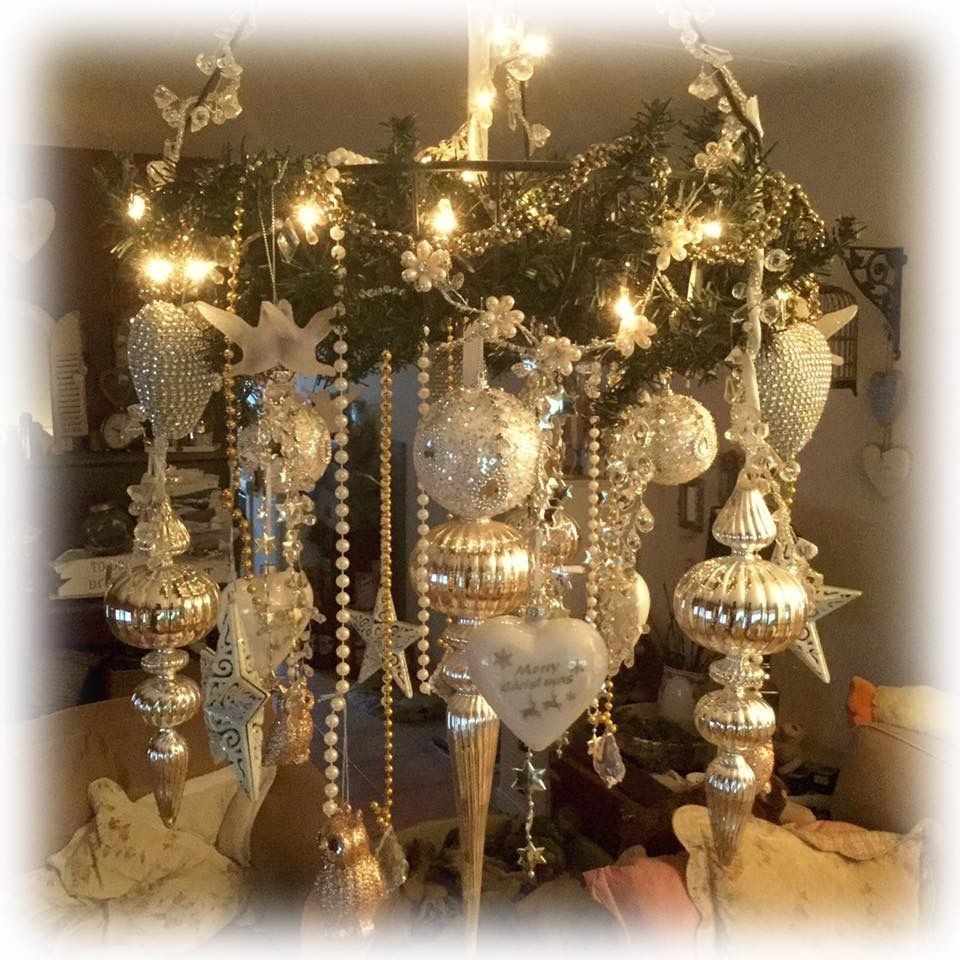 Pin by mrs oatman on christmas ideas pinterest christmas decor christmas decor arubaitofo Image collections