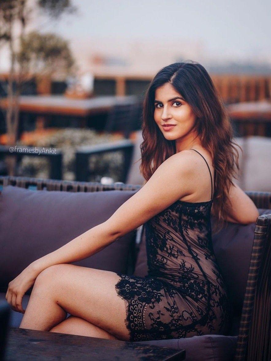 indian sextes bikini model