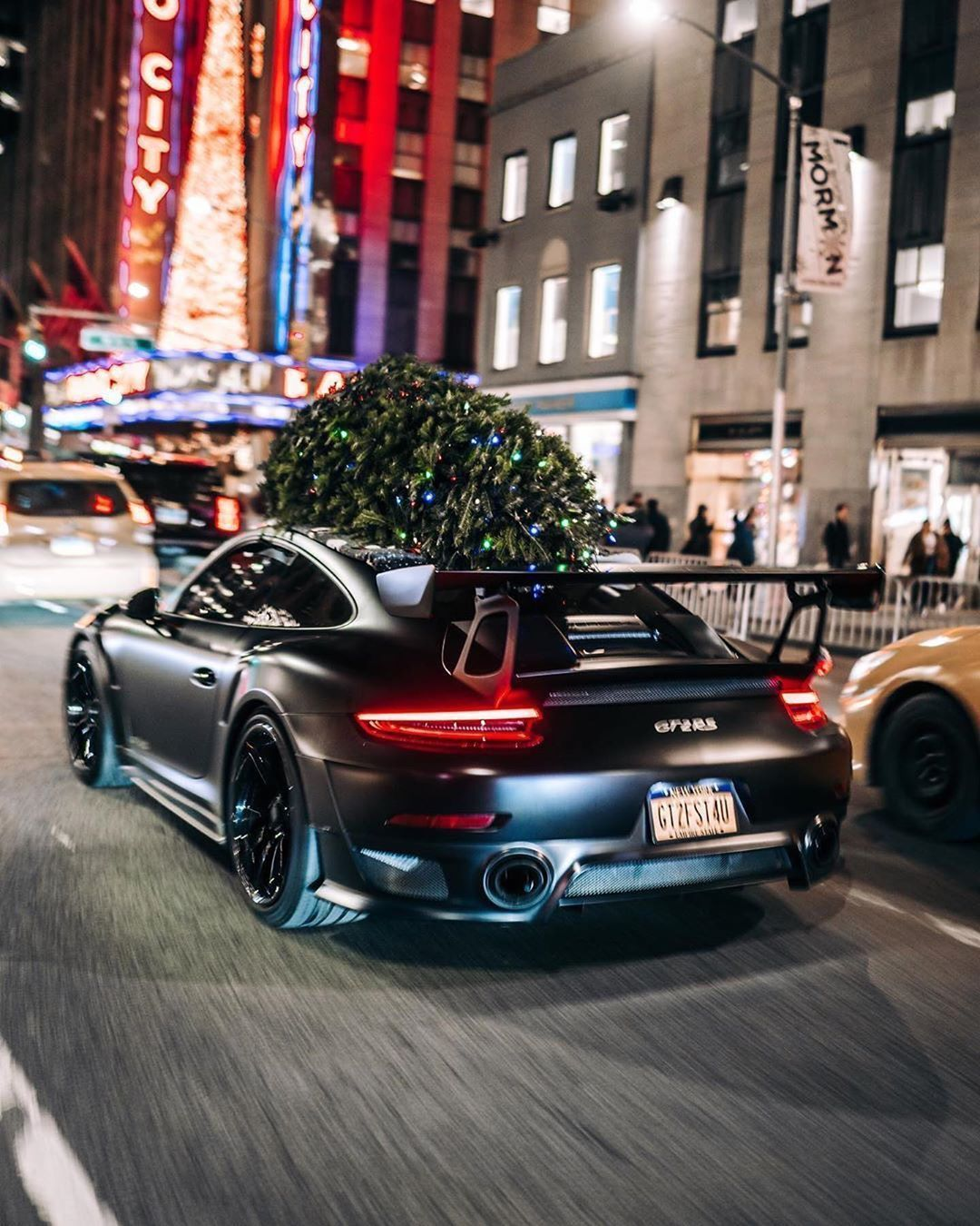 Dream Supercar What Do You Think Click To Be Inspired Luxurycar Luxury Beautiful Supercars Dreamcars Spor In 2020 Amazing Cars Luxury Cars Car In The World