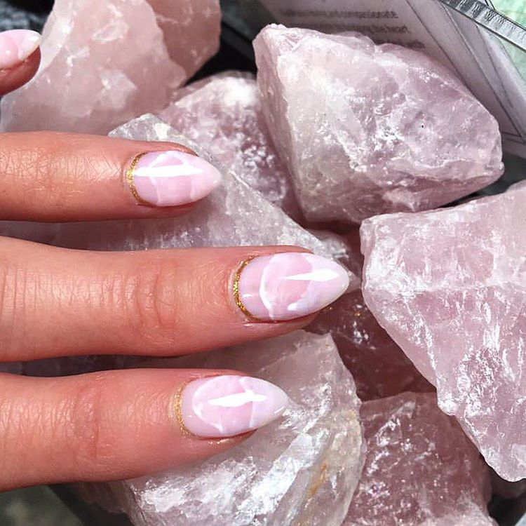 This Gorgeous Rose Quartz Nail Trend Will Be All Over Instagram Soon ...