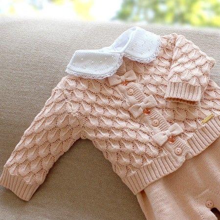 Esse conjunto de escamas além de lindo lembra aquelas blusas que nossas avós faziam, não acham?