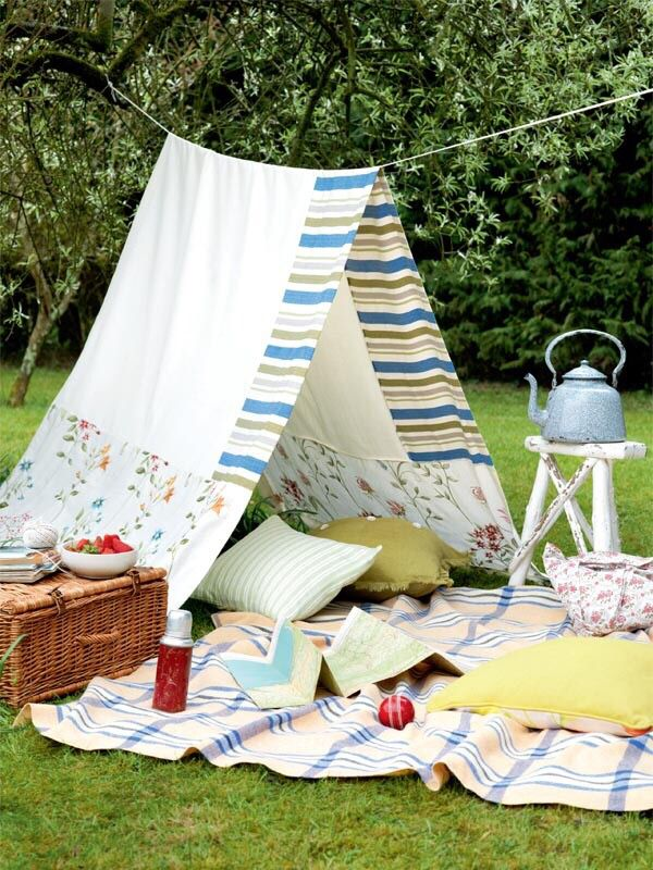 Clever idea for a budget-friendly party/picnic out in the backyard