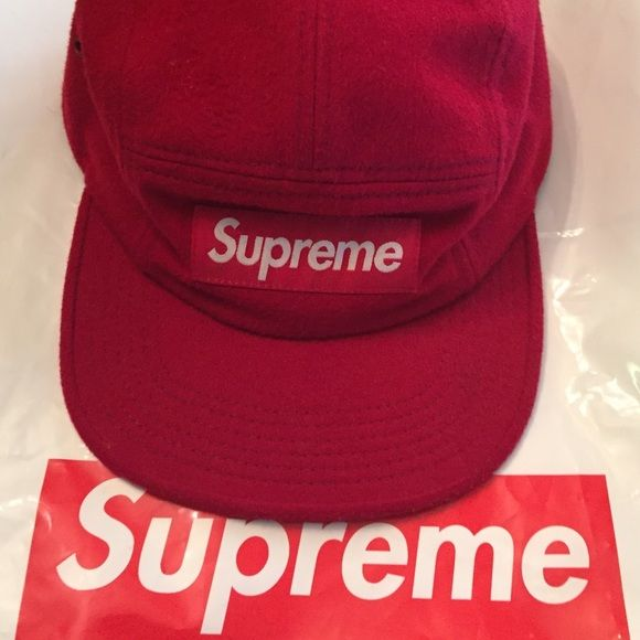 Supreme 6 panel hat Hat is a felt material. Used. Prices can be flexible. Supreme Accessories Hats