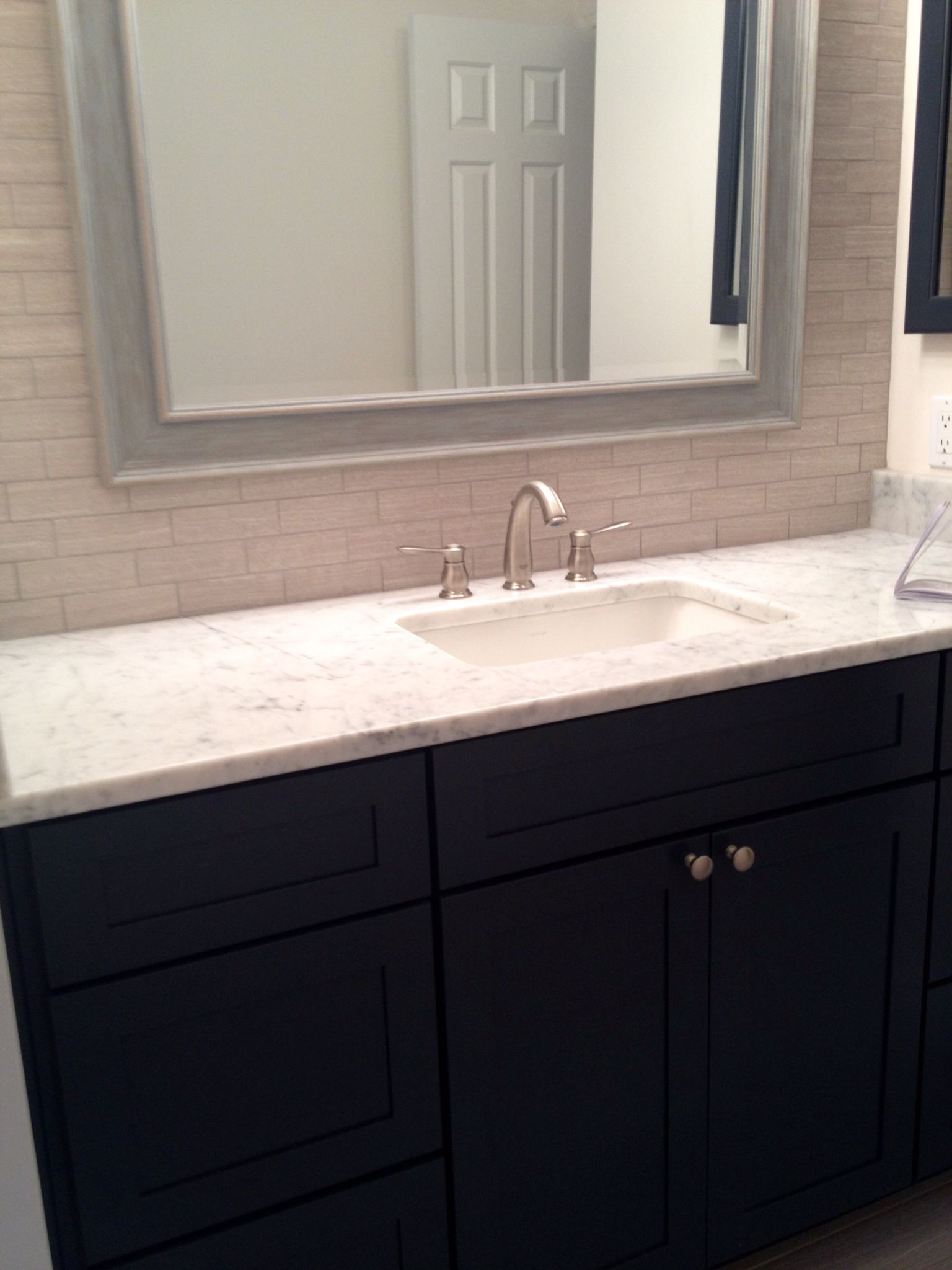 Photo Album For Website Leonia Silver tile mosaic full wall backsplash Grohe Faucet Kohler Ladera sink