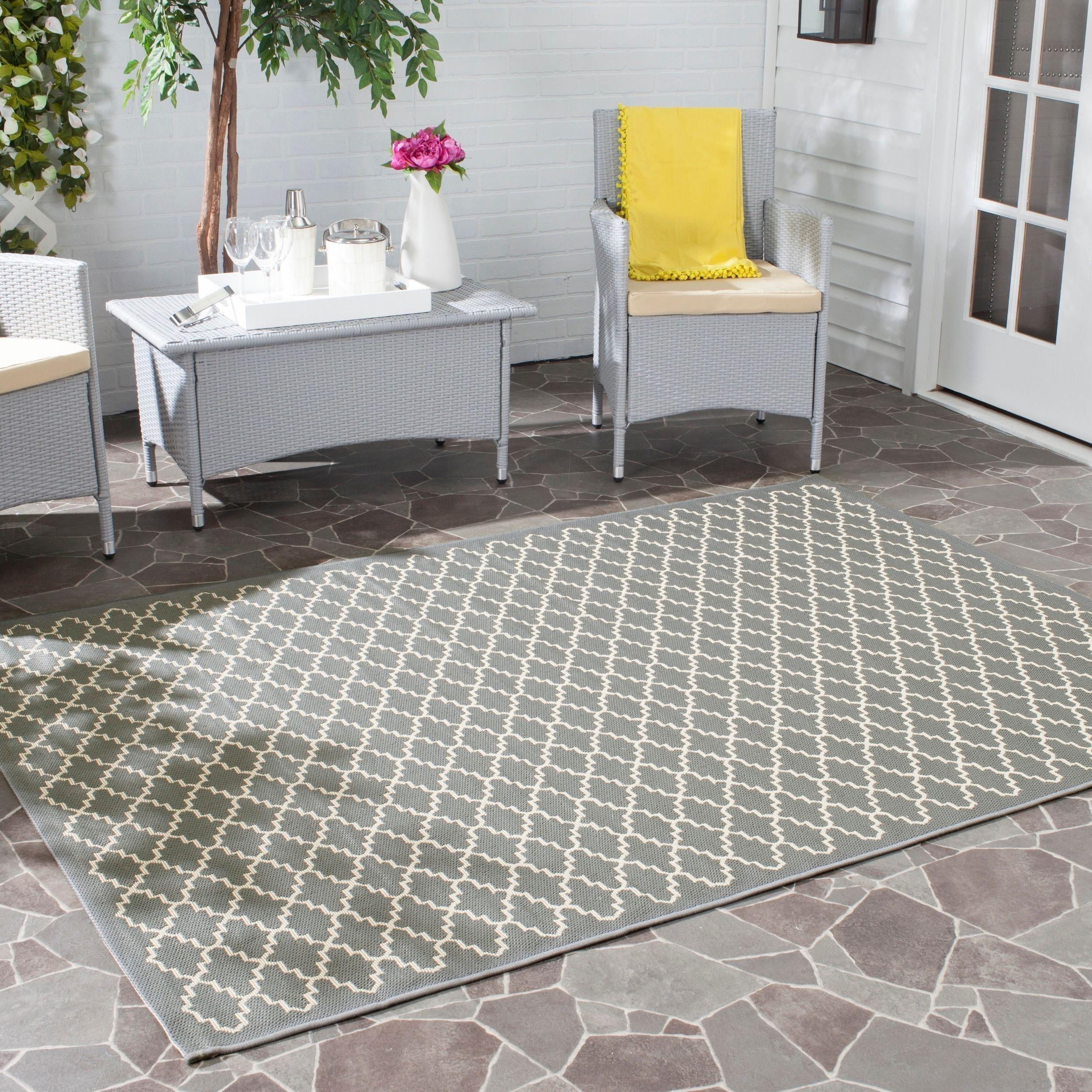 Safavieh Dark Grey Beige Indoor Outdoor Geometric Rug u x u