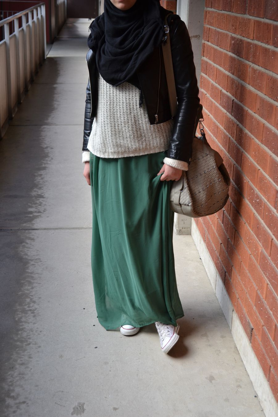 Nice winter hijab muslimah fashion | Hijab fashion, Street ...