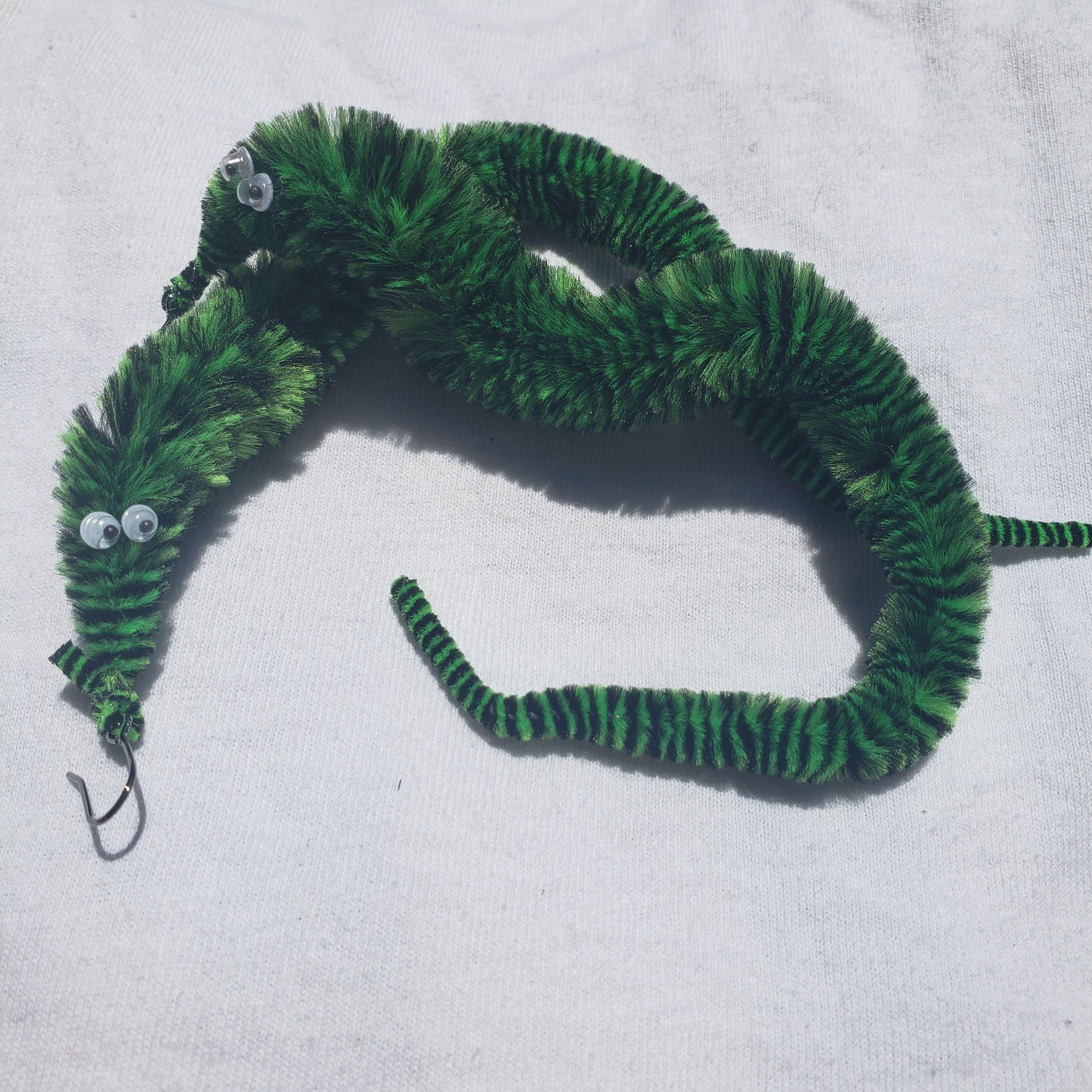 Worm on a String Choker