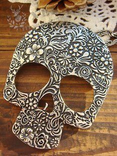 1.50 euro incl shipping (Min order$10) Fashion Personality retro exaggerated carved Skull Head Long Necklaces ,Free Shipping!#302