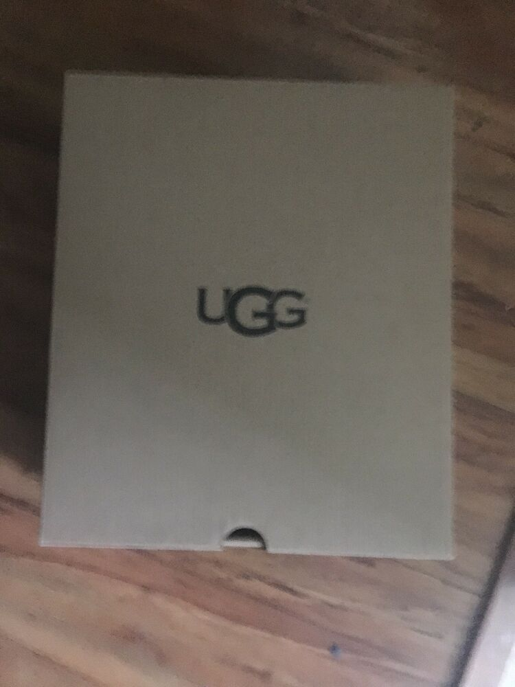 8fe8202ad2f Ugg Women's Empty Box Only Size 6.. Box In Mint Condition ...