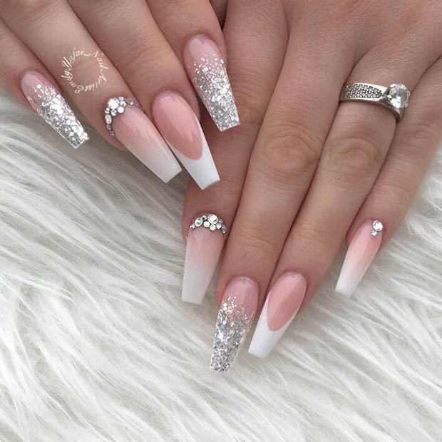 23 Elegant French Tip Coffin Nails You Need to See