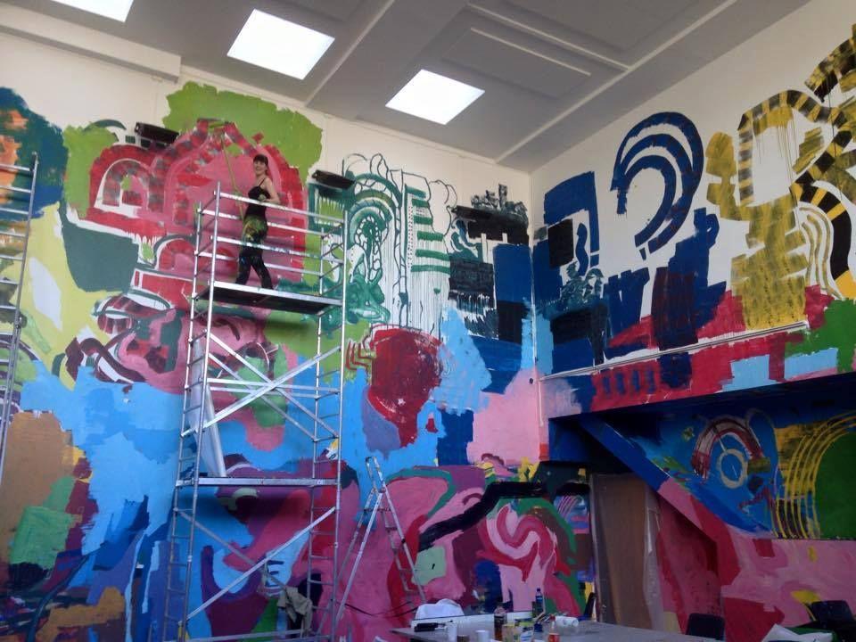 Fra kurset Macrobody for Maleriklassen i april 2015 som skal ende i utsmykking av hovedrommet til årets Granumfest.