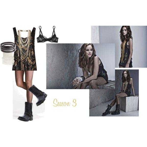 #effystonem #effy #skins #skinsuk #gold #sequin #pearls #fishnets #layernecklace #bling #bikerboot #sexy