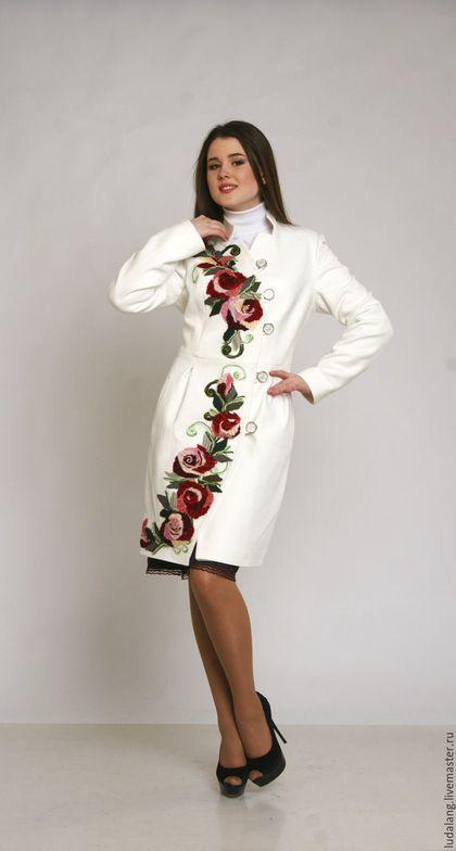 d272d31b9ee Верхняя одежда ручной работы. Ярмарка Мастеров - ручная работа. Купить  Пальто белое Алая роза. Handmade. Весеннее пальто
